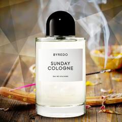 nevesomye-aromaty-top-7-parfyumernyh-koloney-na-leto