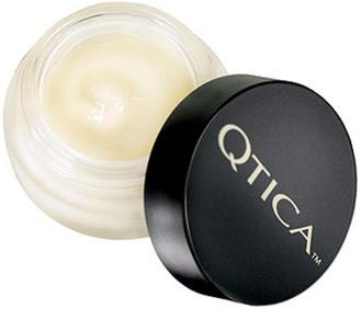 Фото Восстанавливающий бальзам для кутикулы Qtica Intense Cuticle Repair Balm